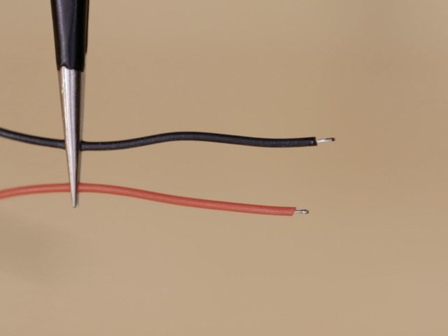lcds___displays_lcd-wires-tinned.jpg