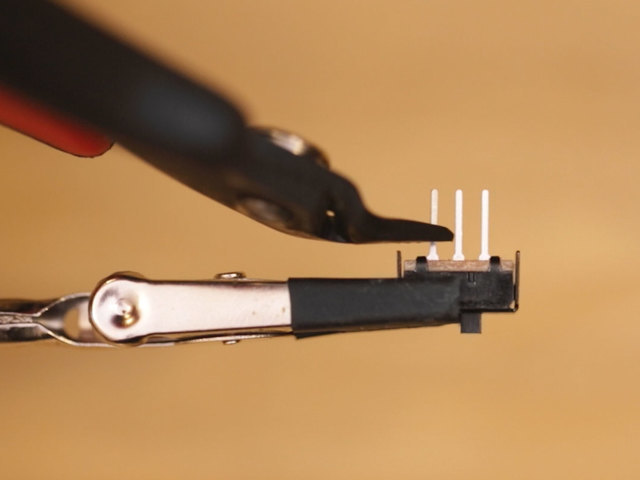 leds_slide-switch-pins-trim.jpg