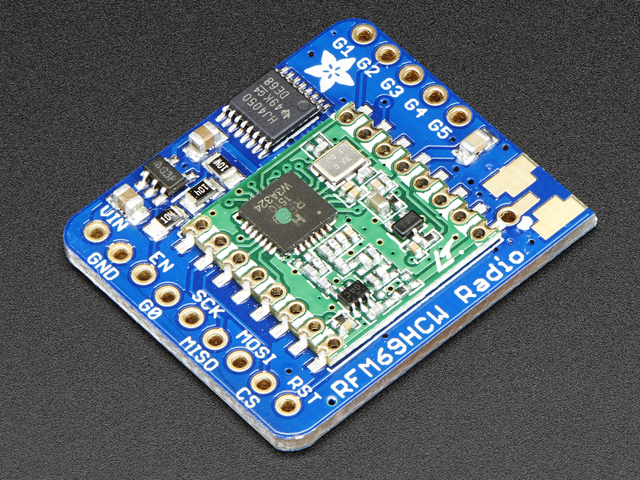feather_adafruit_products_3070_iso_ORIG.jpg
