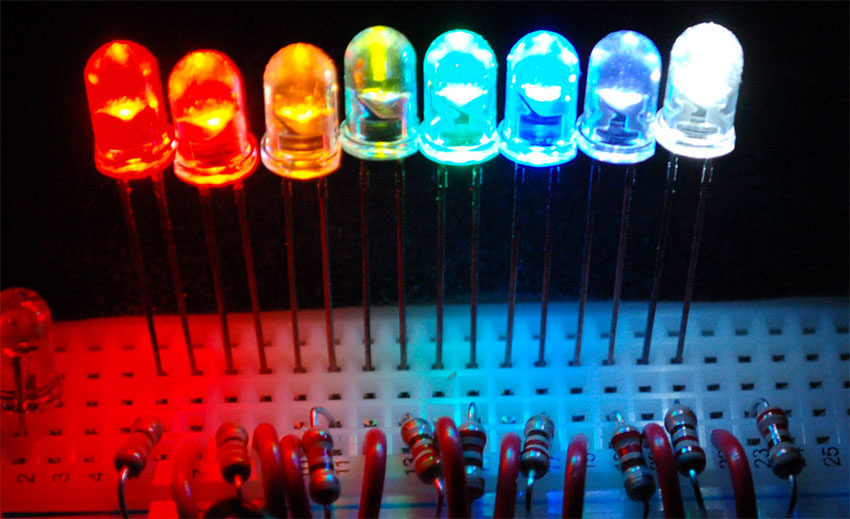 circuit_playground_all-about-LEDs.jpg