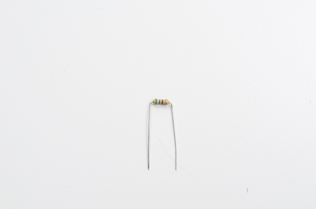 adafruit_products_560ohm-min.png