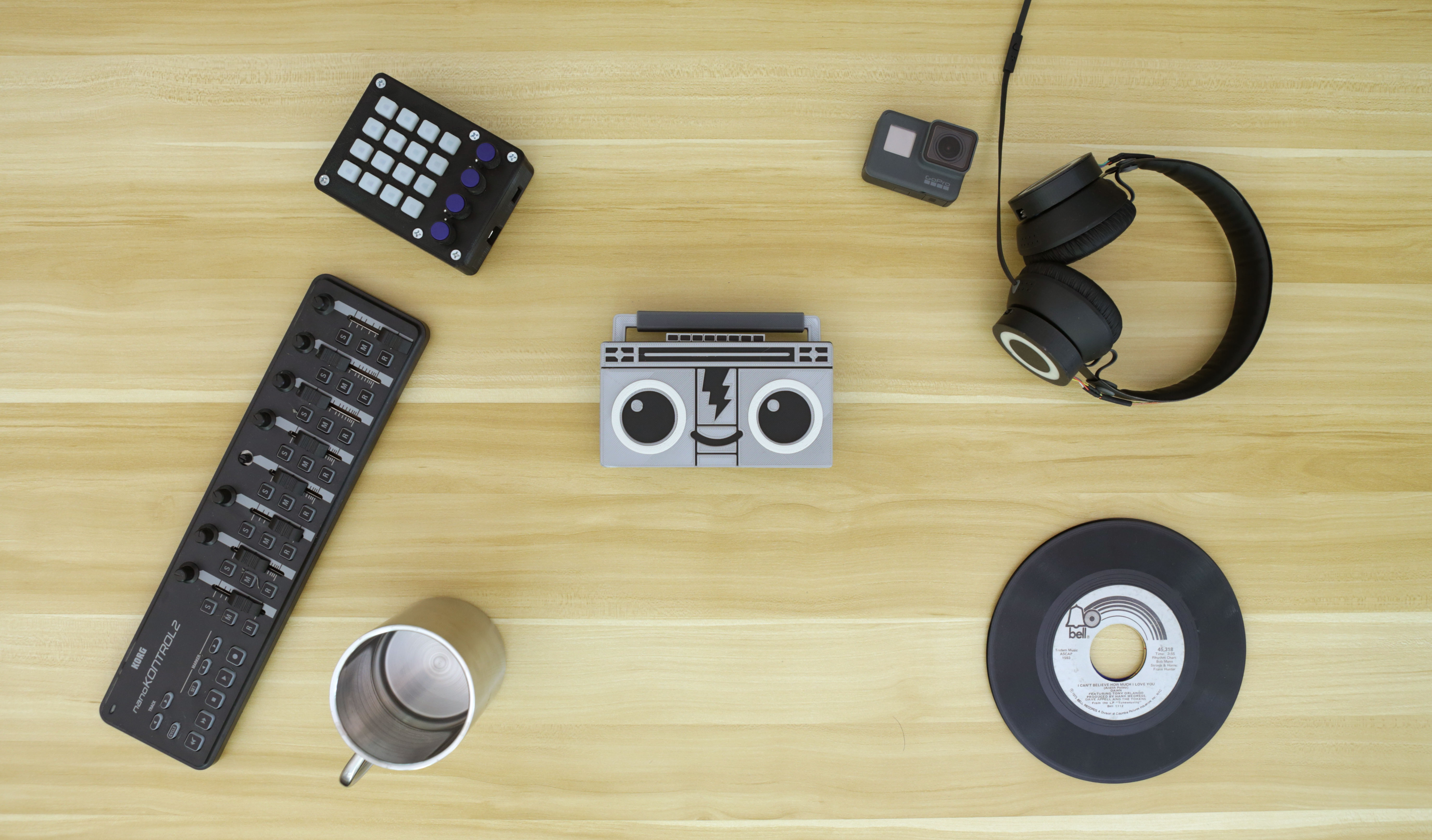 3d_printing_hero-boomy-desk.jpg