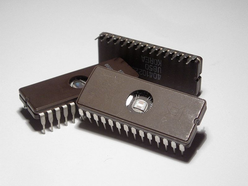 adafruit_products_800px-Microchips.jpg