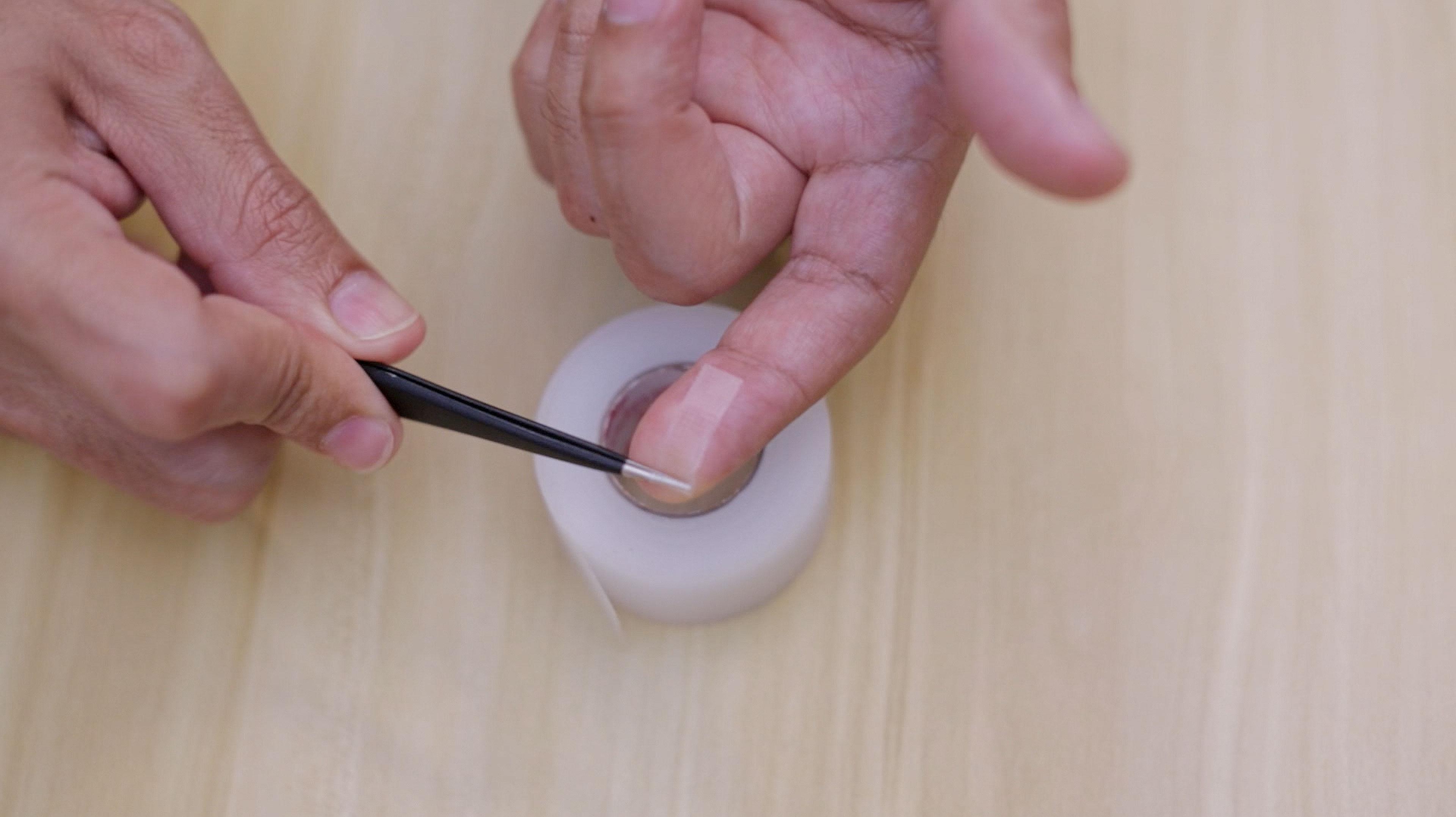 leds_tape-roll-up1.jpg