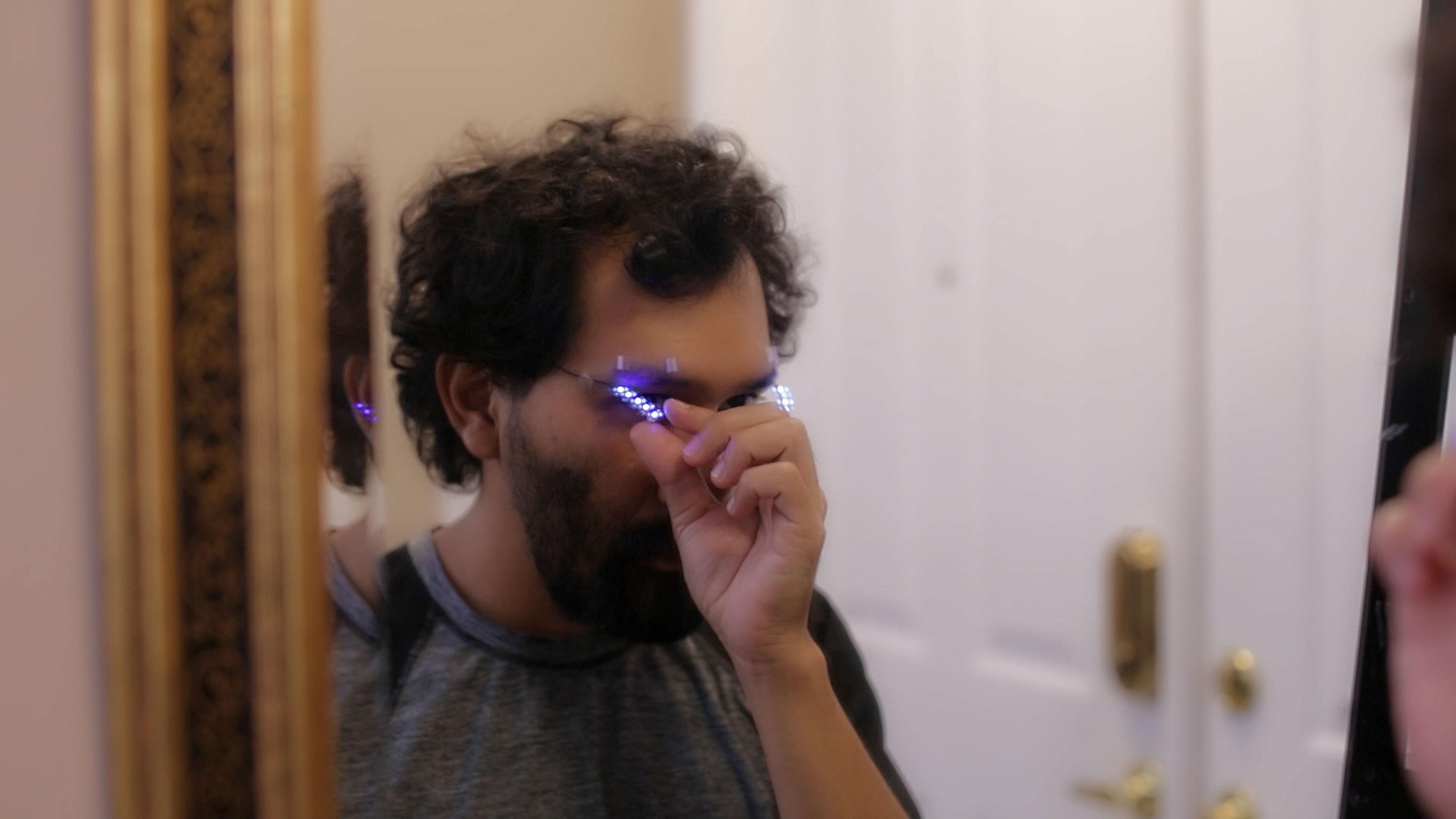leds_apply-to-face.jpg