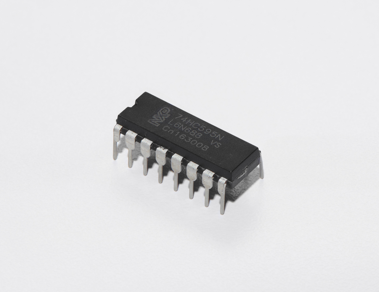 sensors_Shift_Register_White_Background_ORIG.jpg
