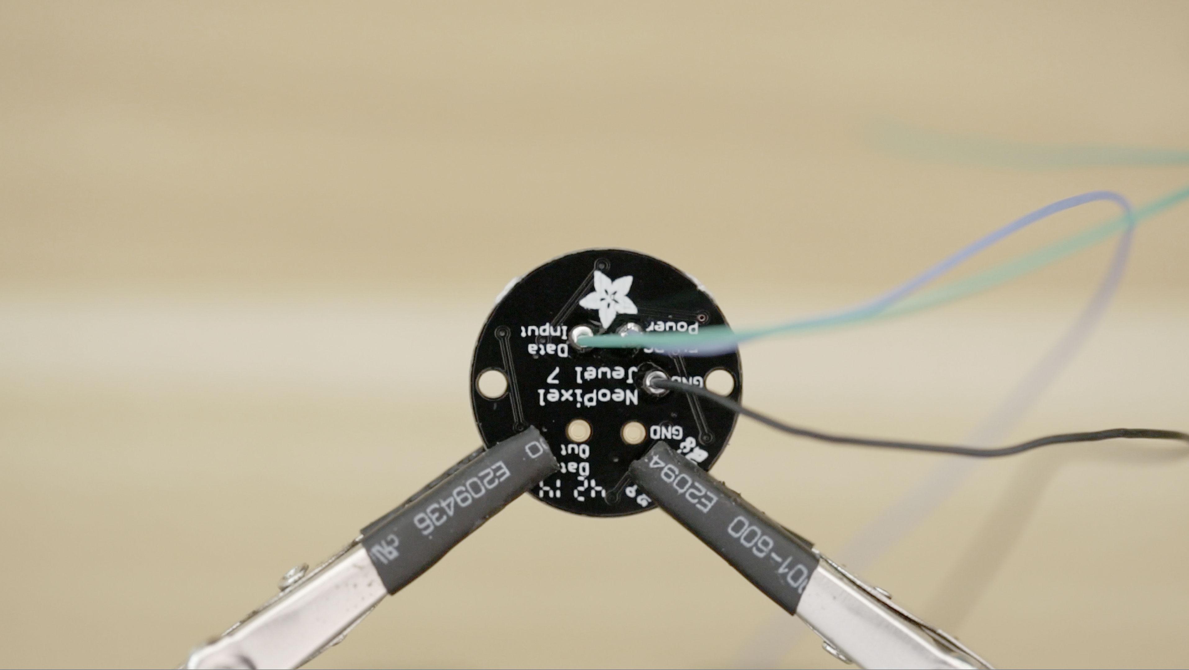 leds_gemma-soldered.jpg