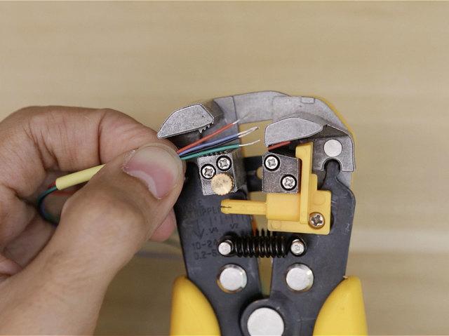 3d_printing_wires-stripping.jpg
