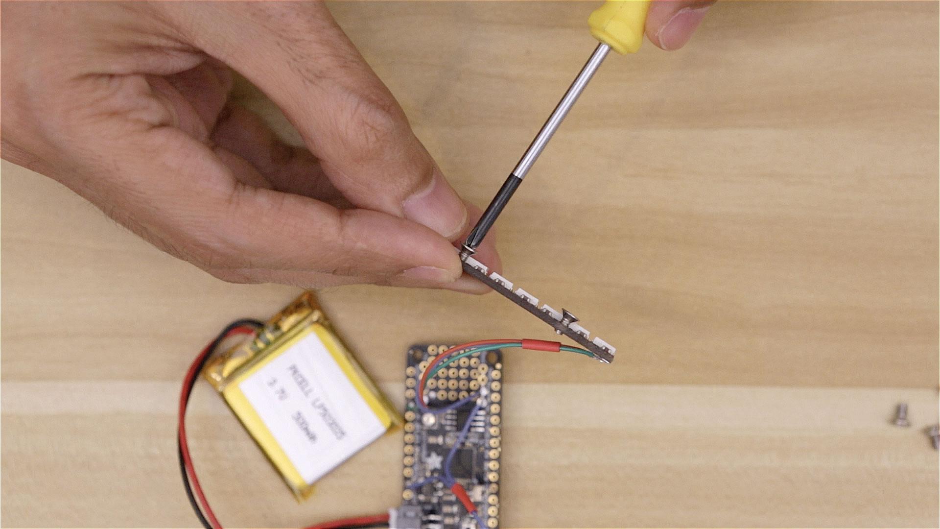 led_pixels_neopixel-tap-screw.jpg