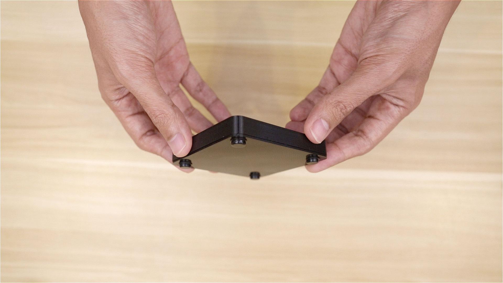 led_pixels_install-rubber-feet.jpg