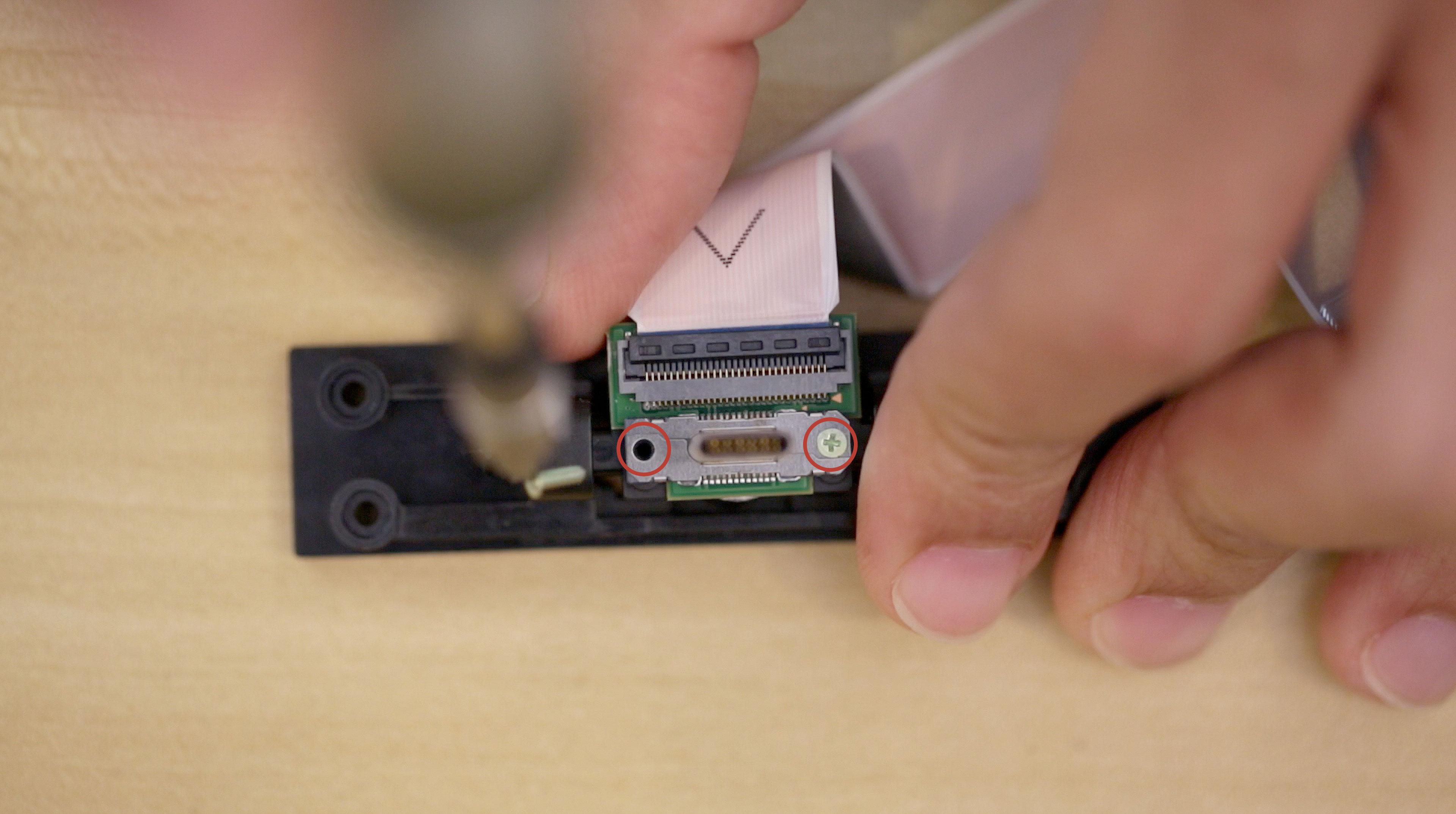 3d_printing_usb-holder-screws.jpg