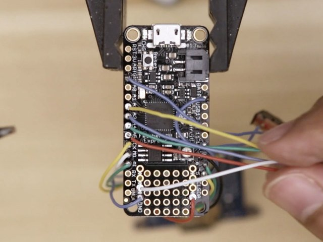 3d_printing_button-pcb-wired-feather.jpg