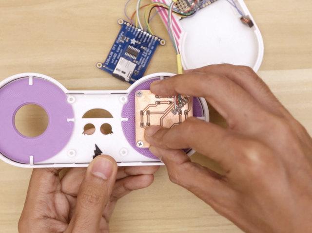 3d_printing_buton-pcb-install-case.jpg