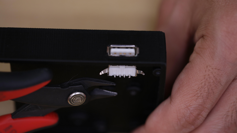 3d_printing_usb_cut_pins.jpg