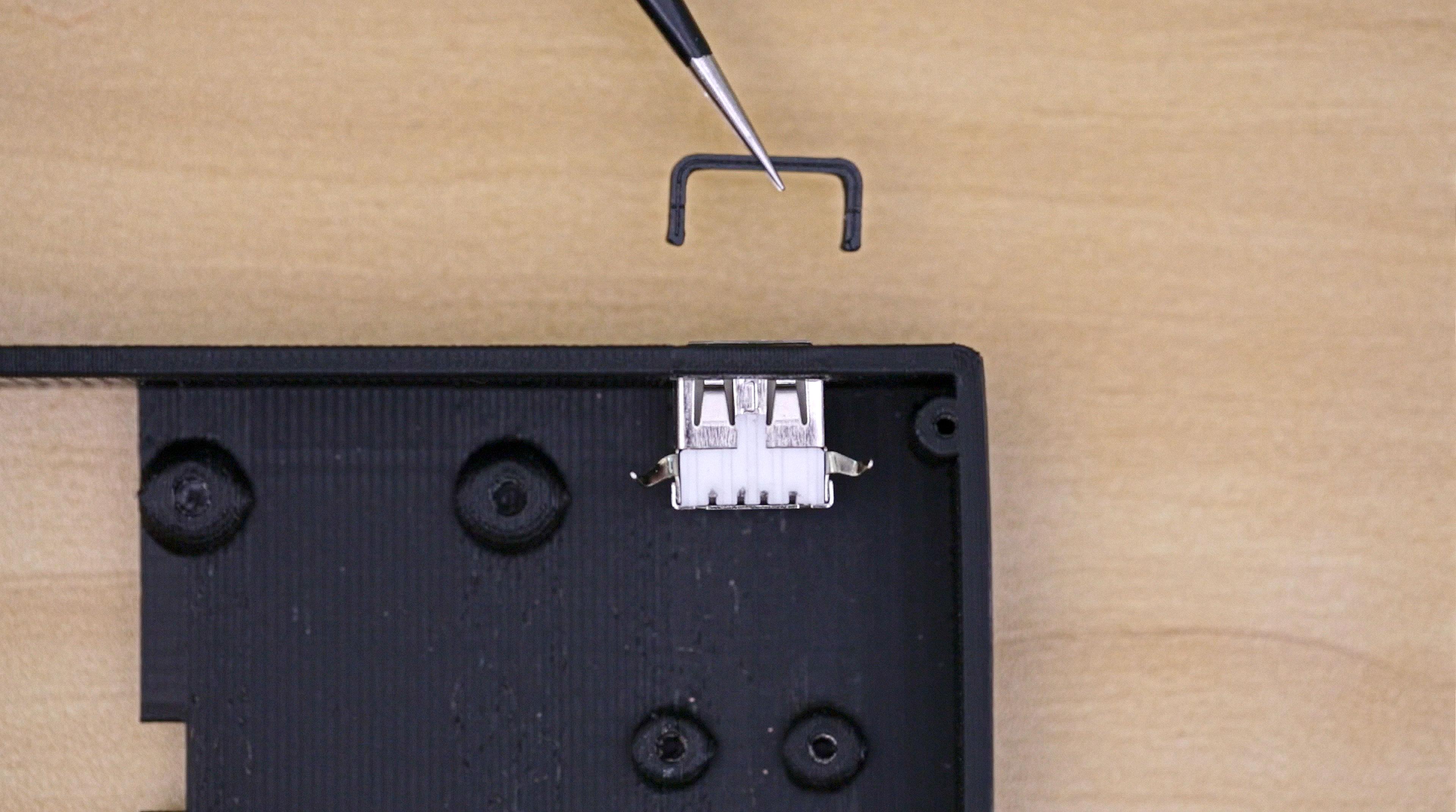 3d_printing_usb-port-stopper1.jpg