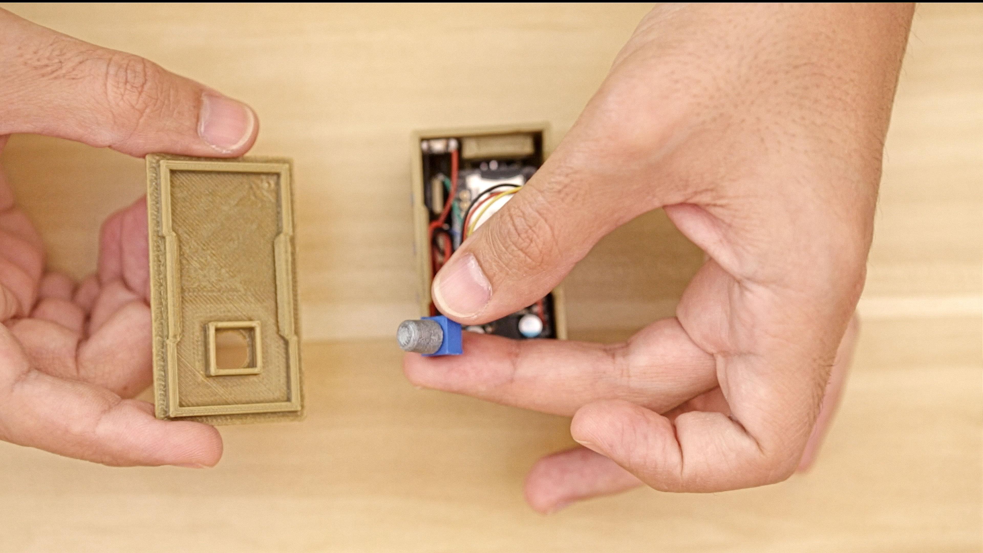 3d_printing_knob-lid-align.jpg