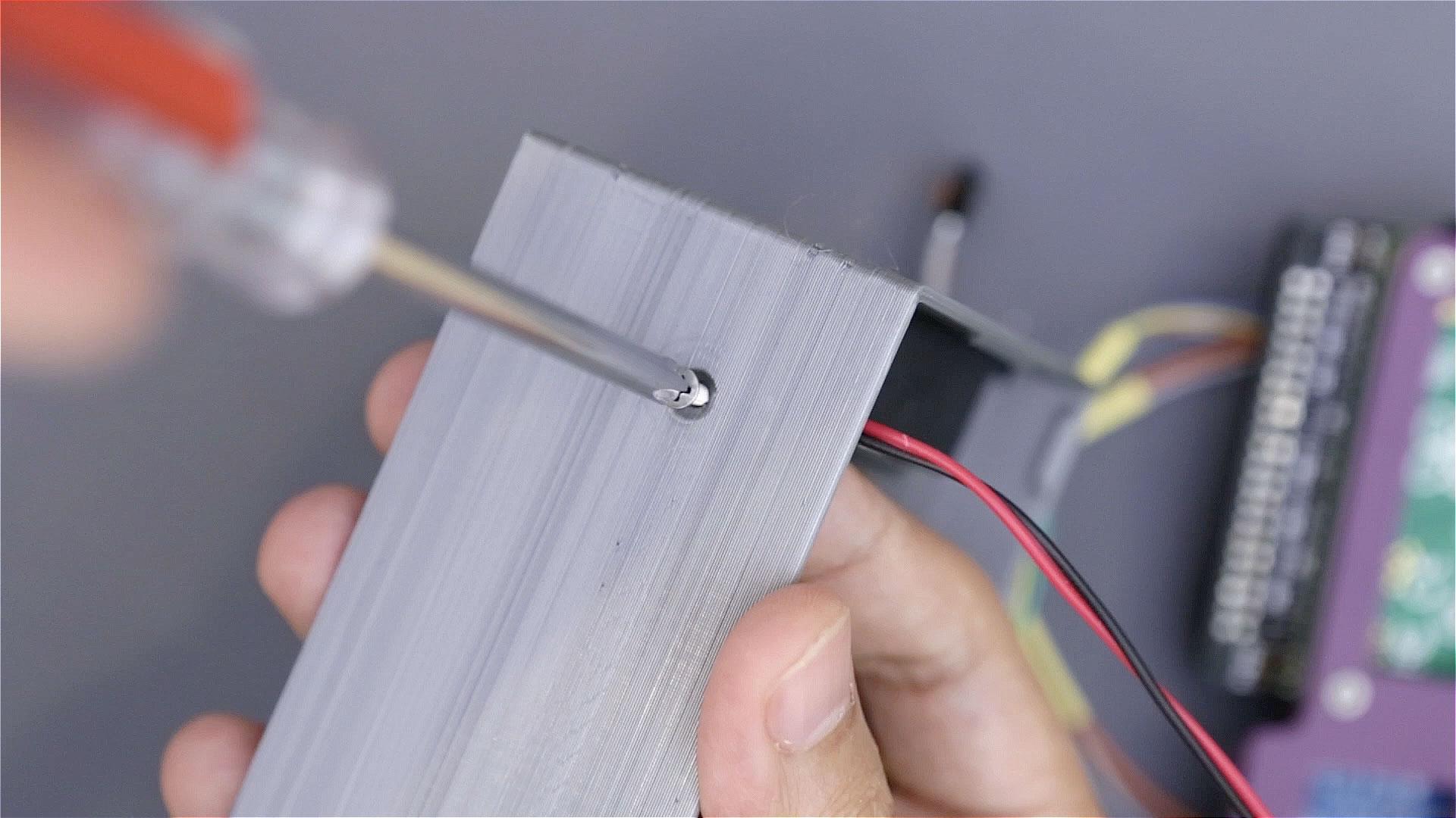 3d_printing_mount-screws-case.jpg
