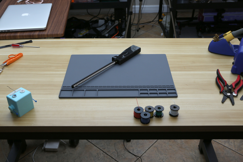 3d_printing_handle-on-desk.jpg