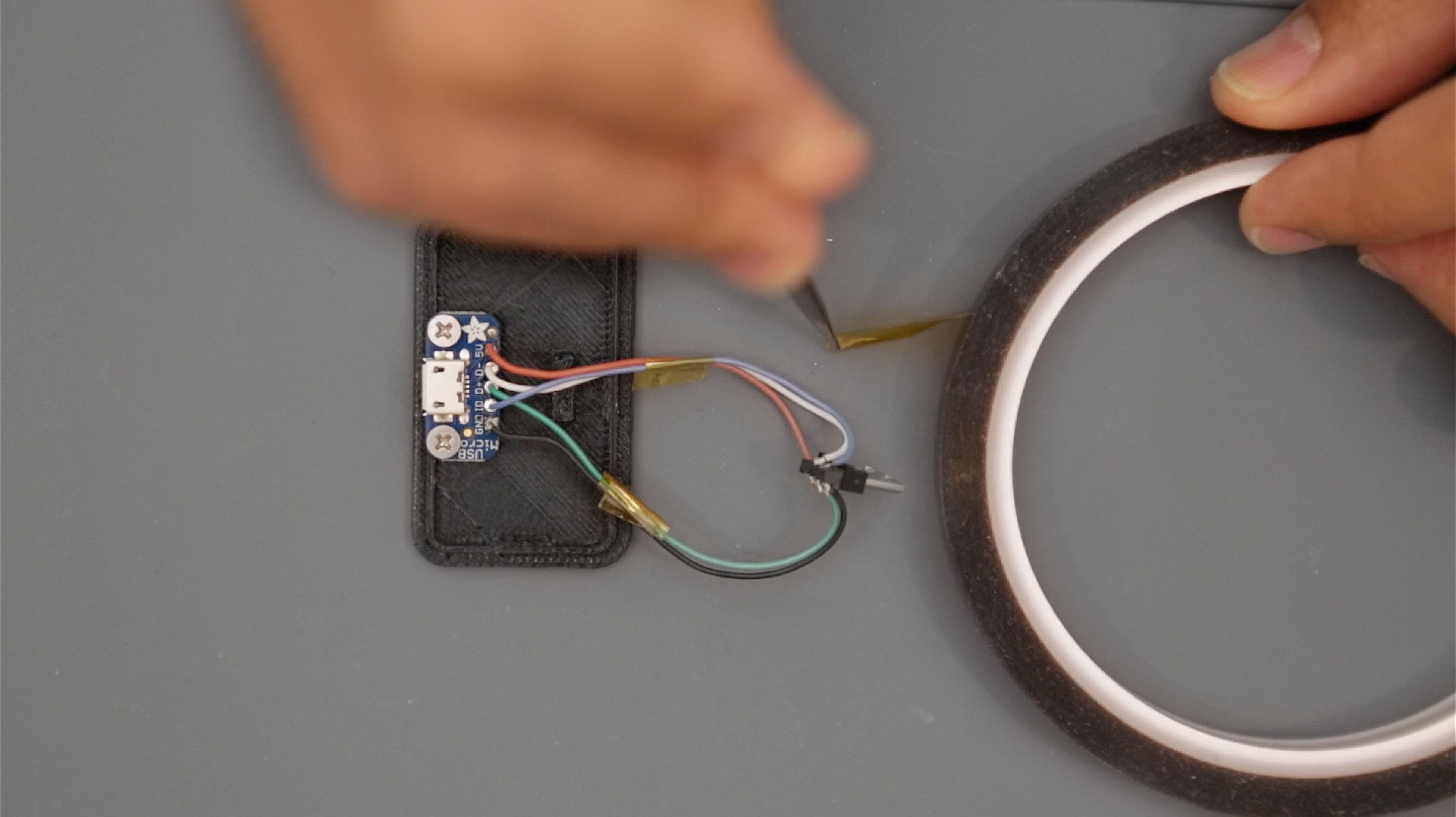 circuit_playground_wires-katonB.jpg