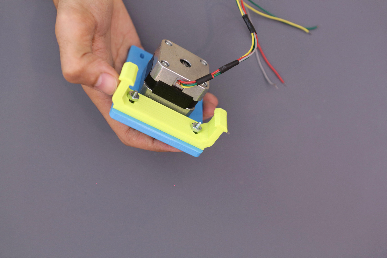 3d_printing_motor-mount-support-screwed.jpg