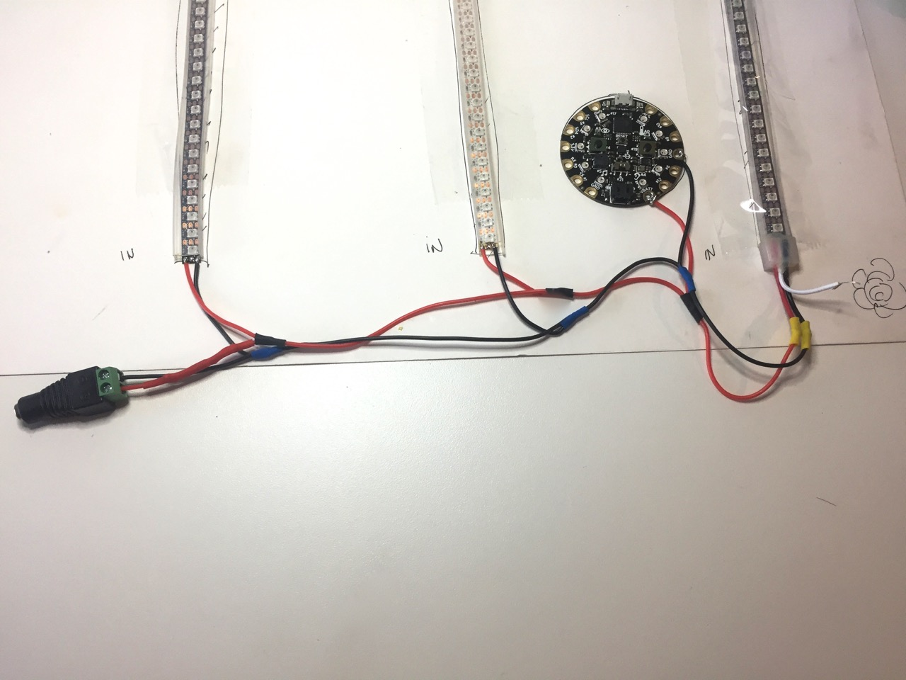 led_strips_12_powerwires_connected.jpg