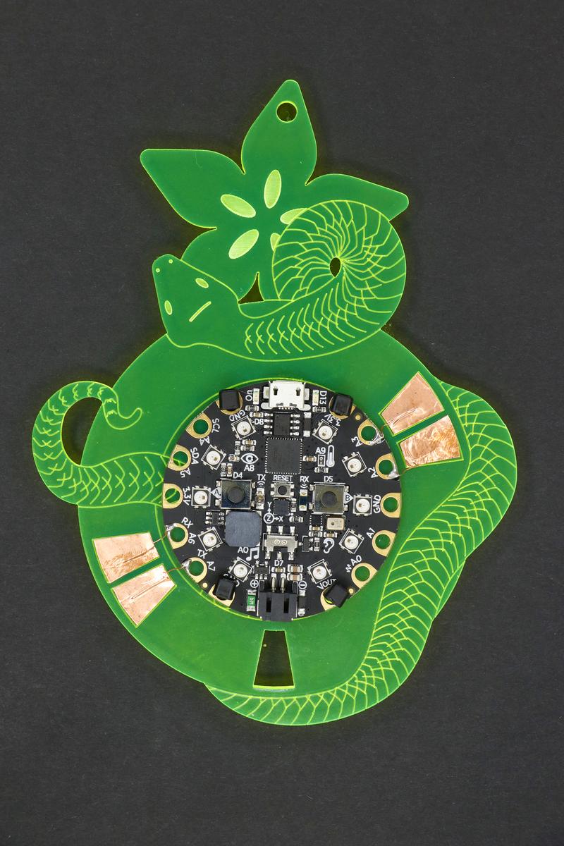 circuitpython_badgebuild_99_142.jpg