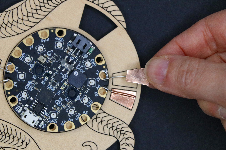 circuitpython_badgebuild_99_51.jpg