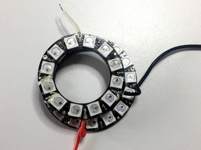 led_pixels_02_solderring2.jpg