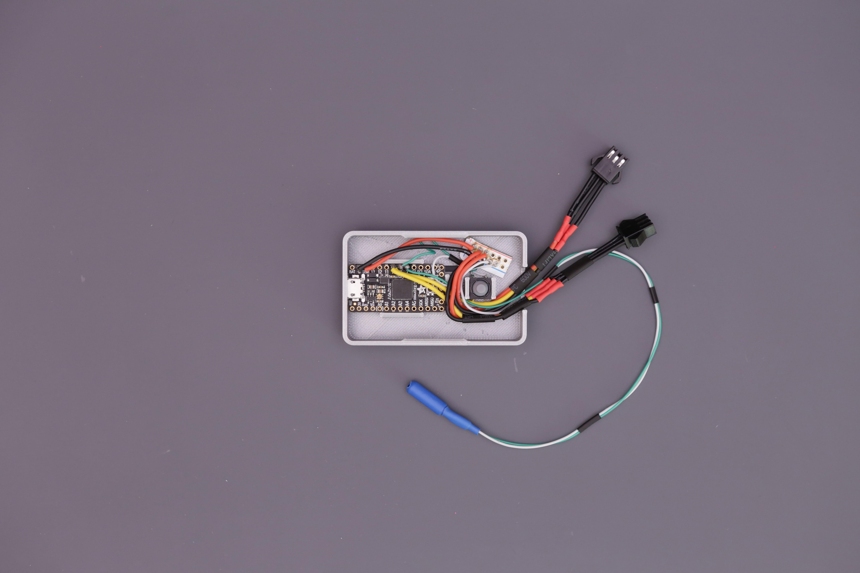 led_strips_itsy-case-install.jpg