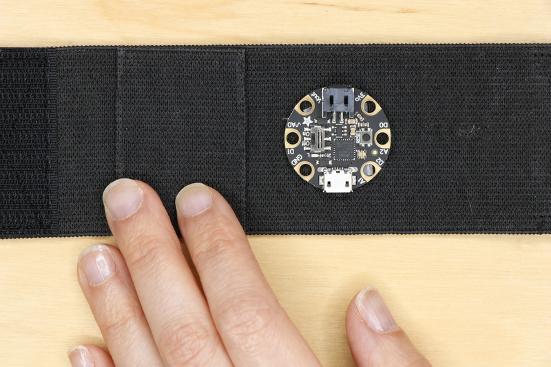 adafruit_products_badgebuild_99_98.jpg