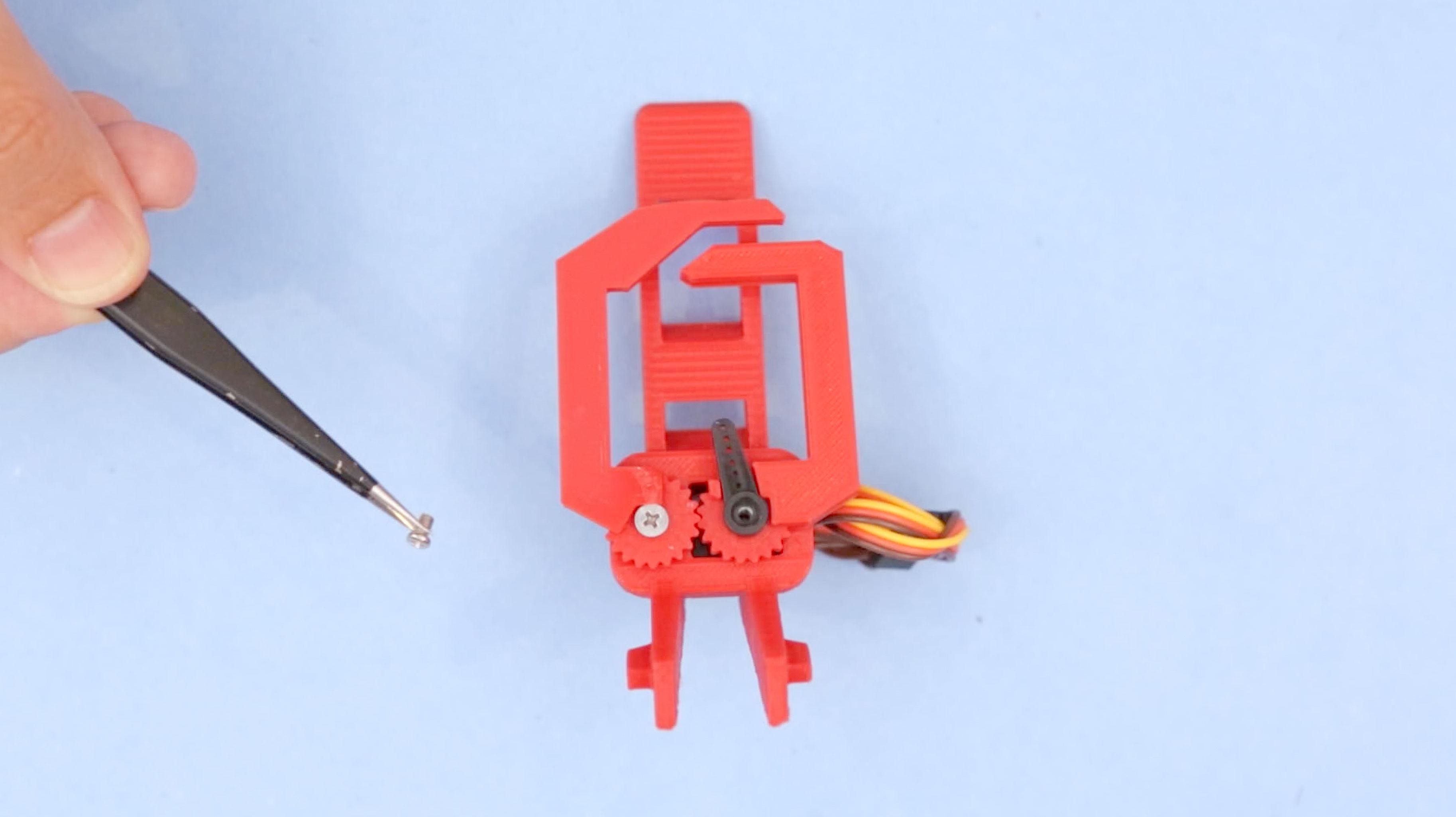 3d_printing_claw-right-horn-screw.jpg