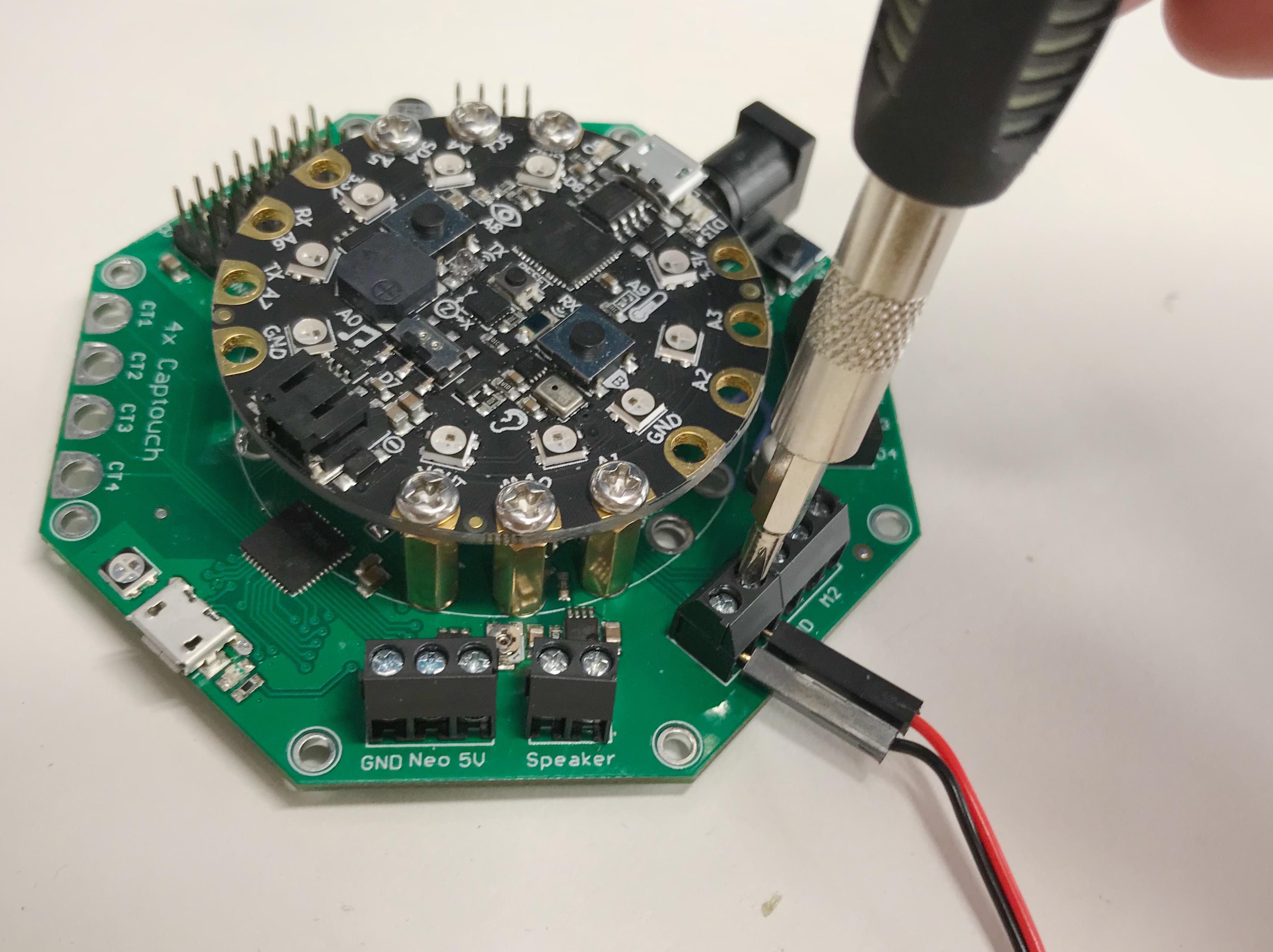 circuitpython_DVEF6532.jpg