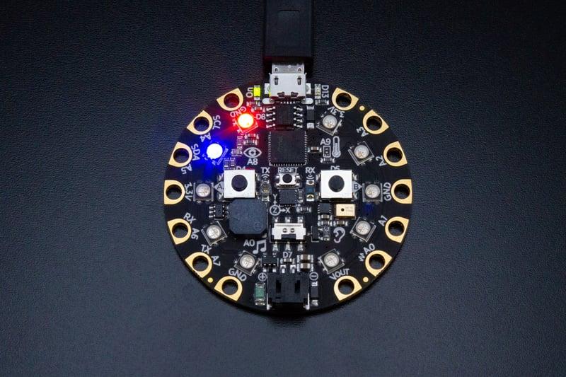 circuitpython_NeoPIxel01RedBlue.jpg