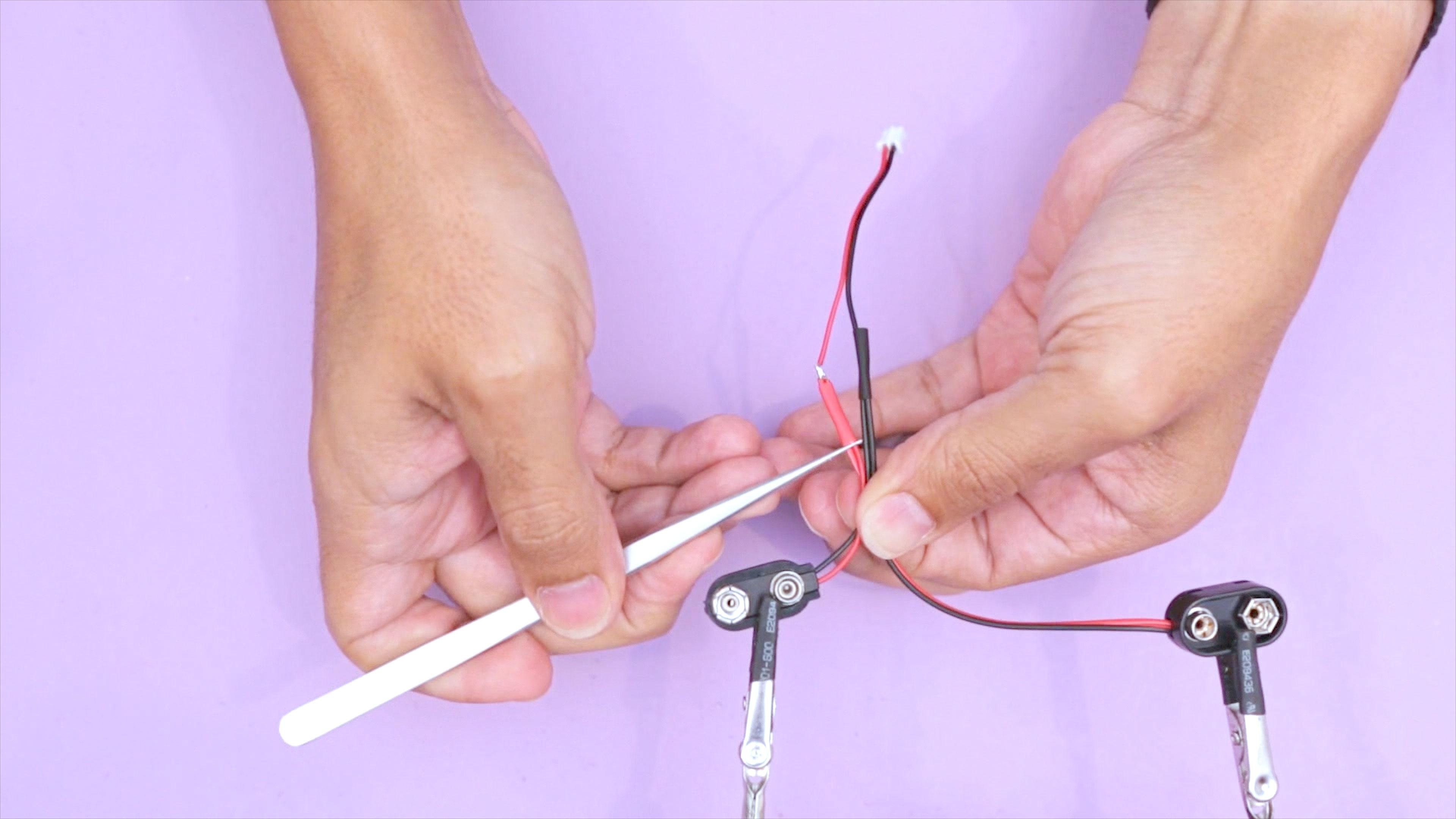 hacks_battery-wire-combine.jpg