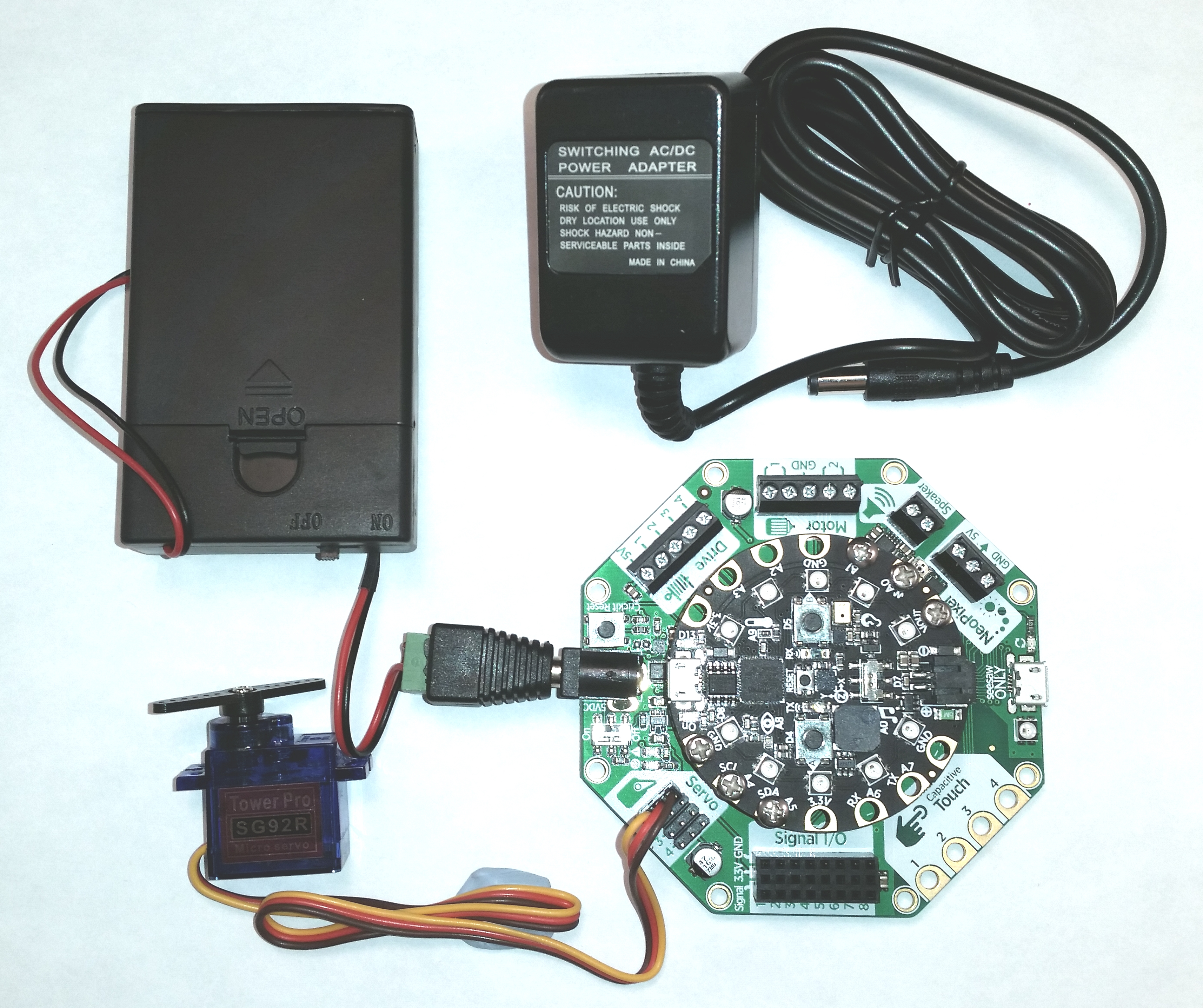 express_crickit_and_micro_servo_and_power.jpg