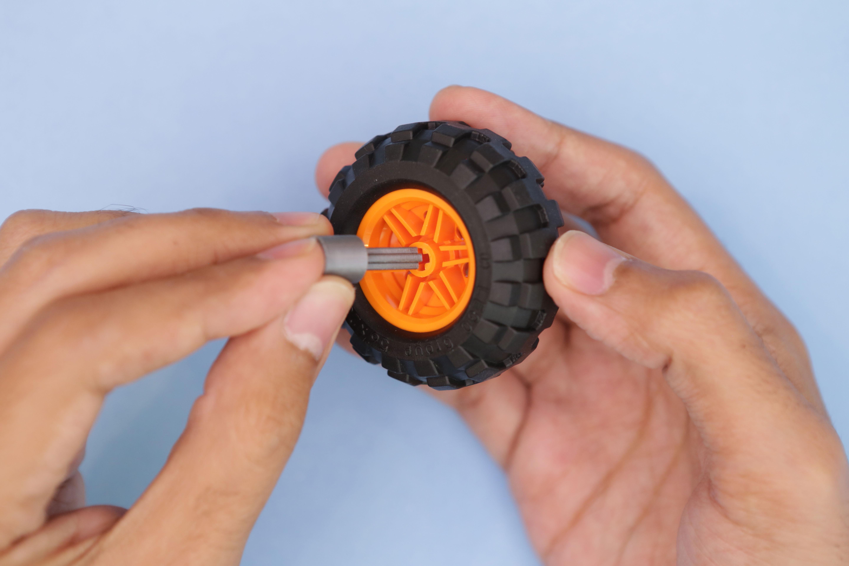 3d_printing_wheel-axle-fit.jpg