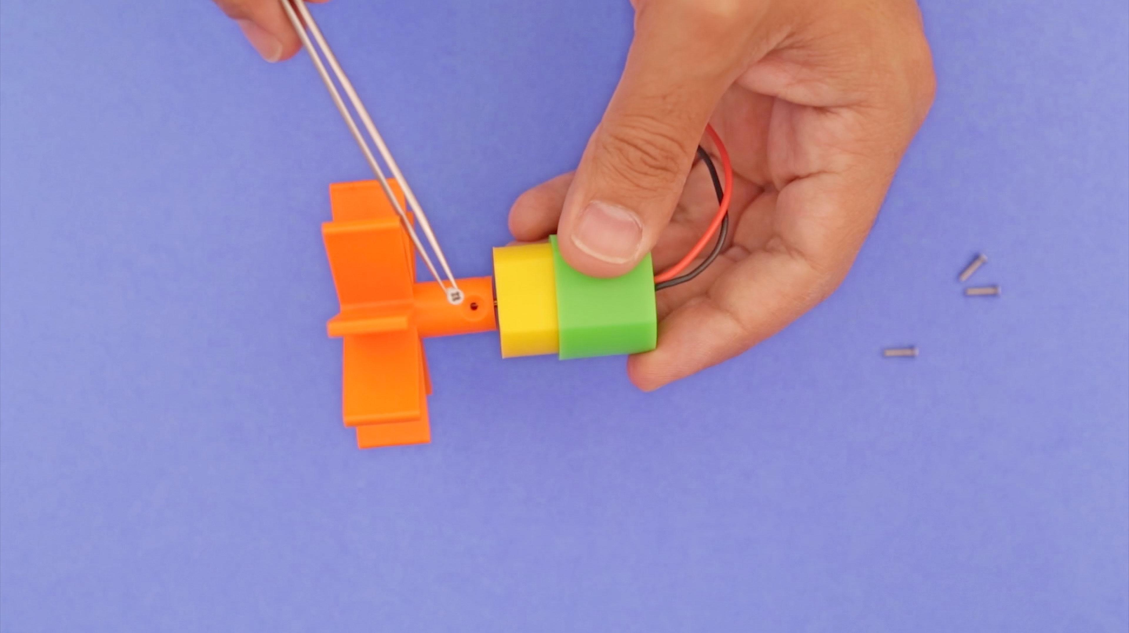 3d_printing_motor-screw-insert.jpg
