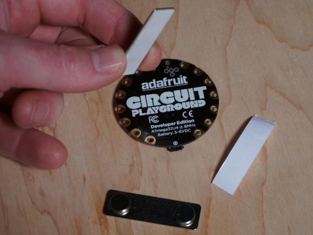 circuitpython_mag_pin1.jpg