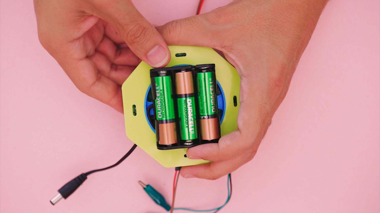 micropython___circuitpython_battery-installed.jpg