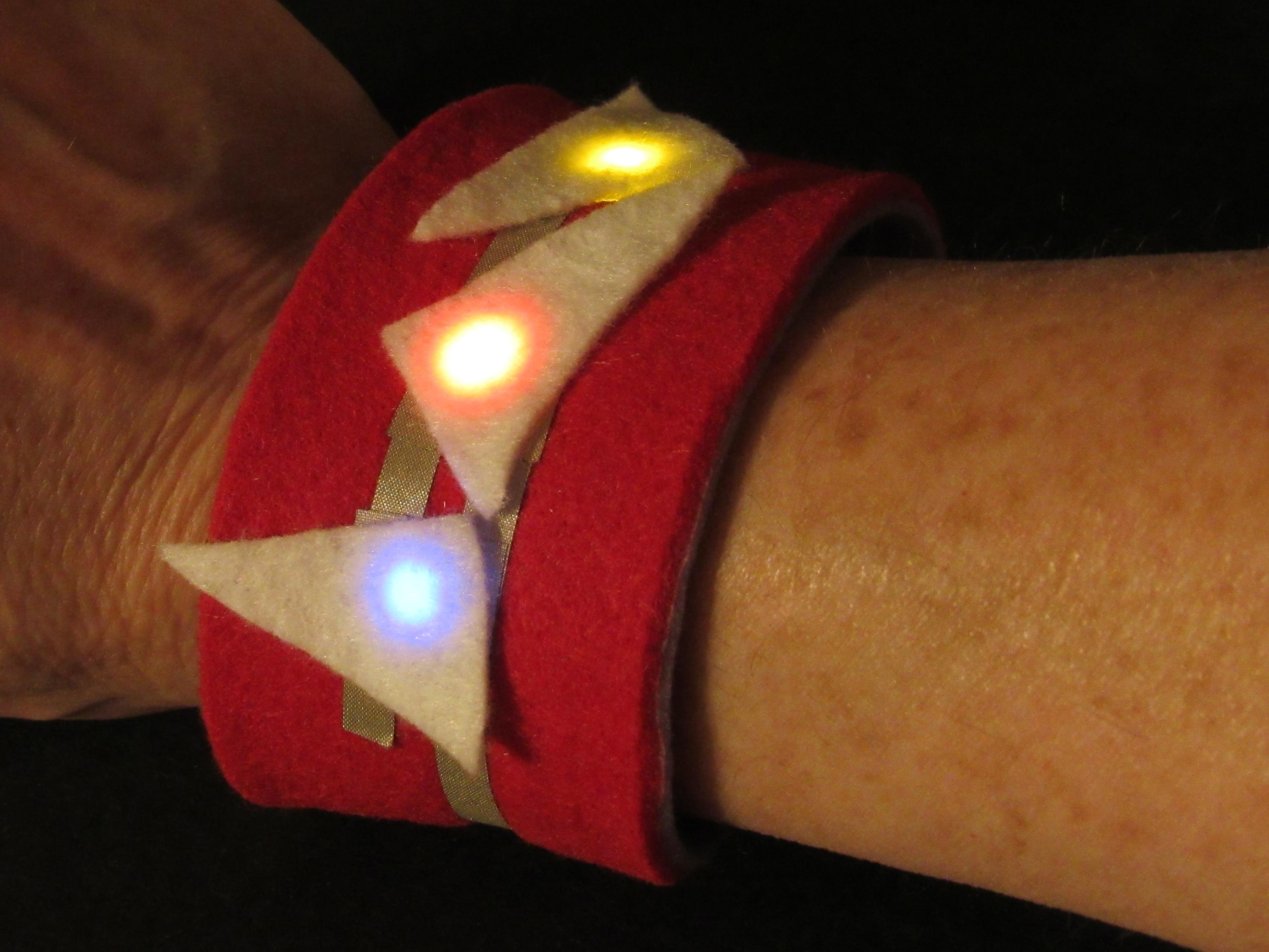 leds_0-Red_on_Wrist.jpg