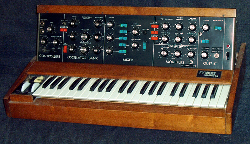 feather_Minimoog.jpg
