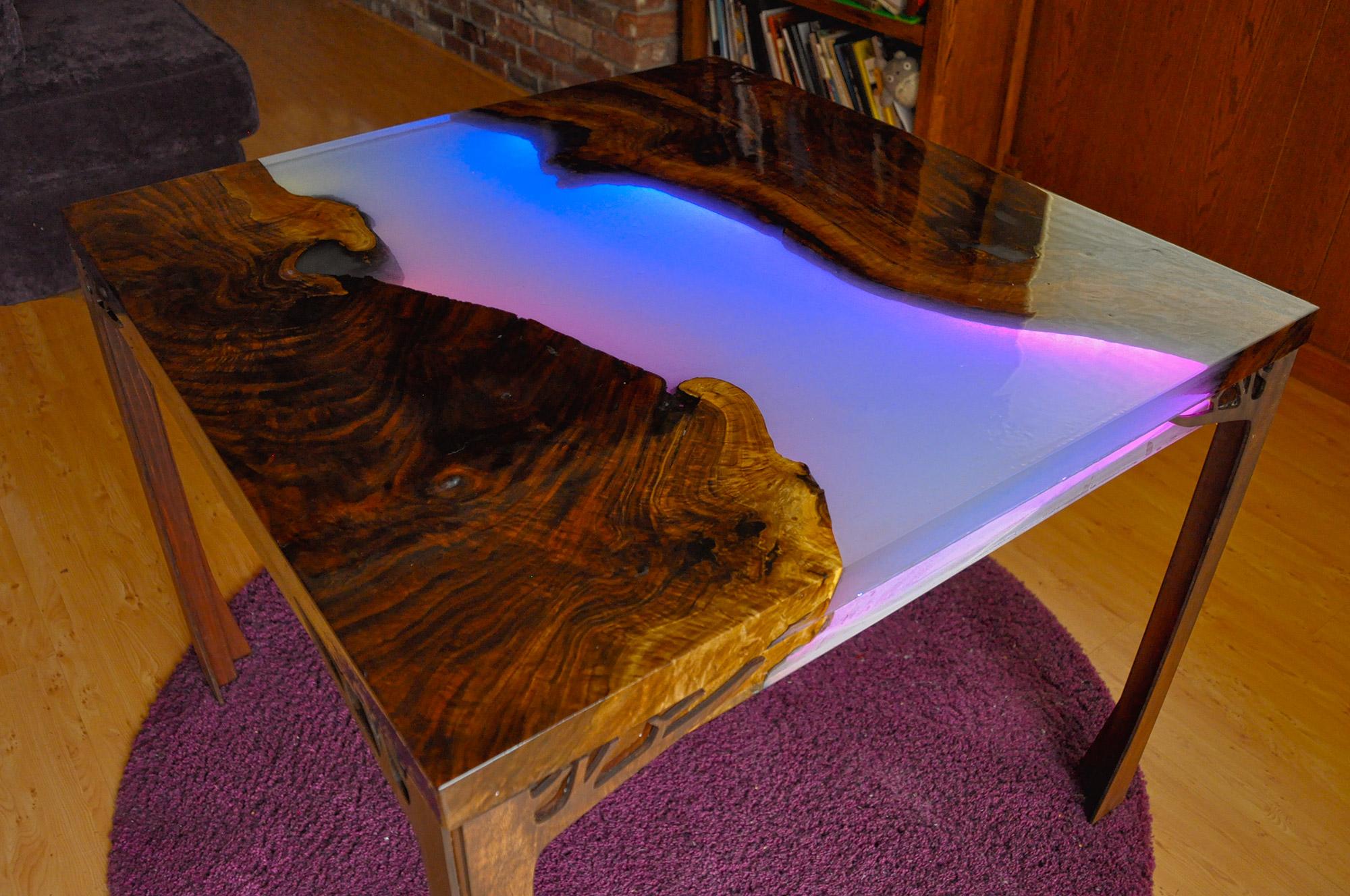 led_strips_HDR_LED_Table_02.jpg