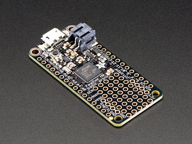 microcontrollers_adafruit_feather_m0_basic_proto.jpg