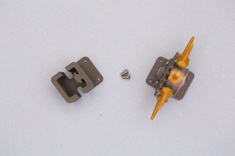 3d_printing_idler-adapt-cap-screws.jpg
