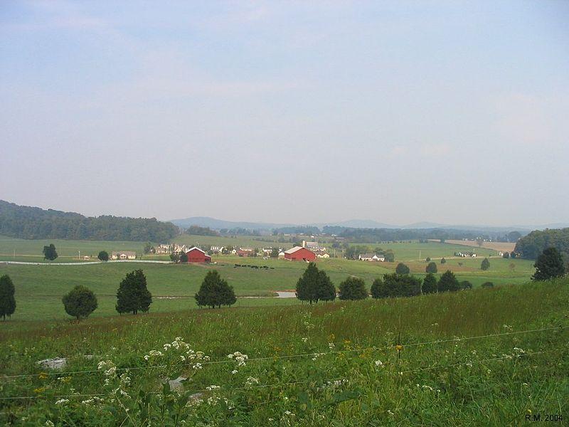 pi_a___b___2__3_800px-Wayne_county_ky_farmland.jpg