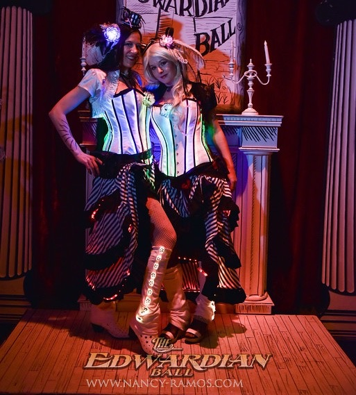 led_strips_2019-EDWARDIAN-BALL-LA-nancyramosphoto-303-XL2.jpg