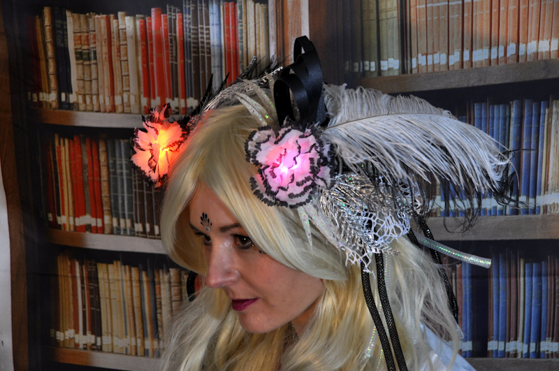 adafruit_gemma_LED_Fascinator-7.jpg