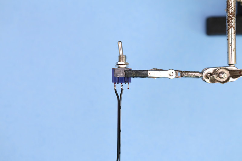 3d_printing_switch-wire-solder.jpg
