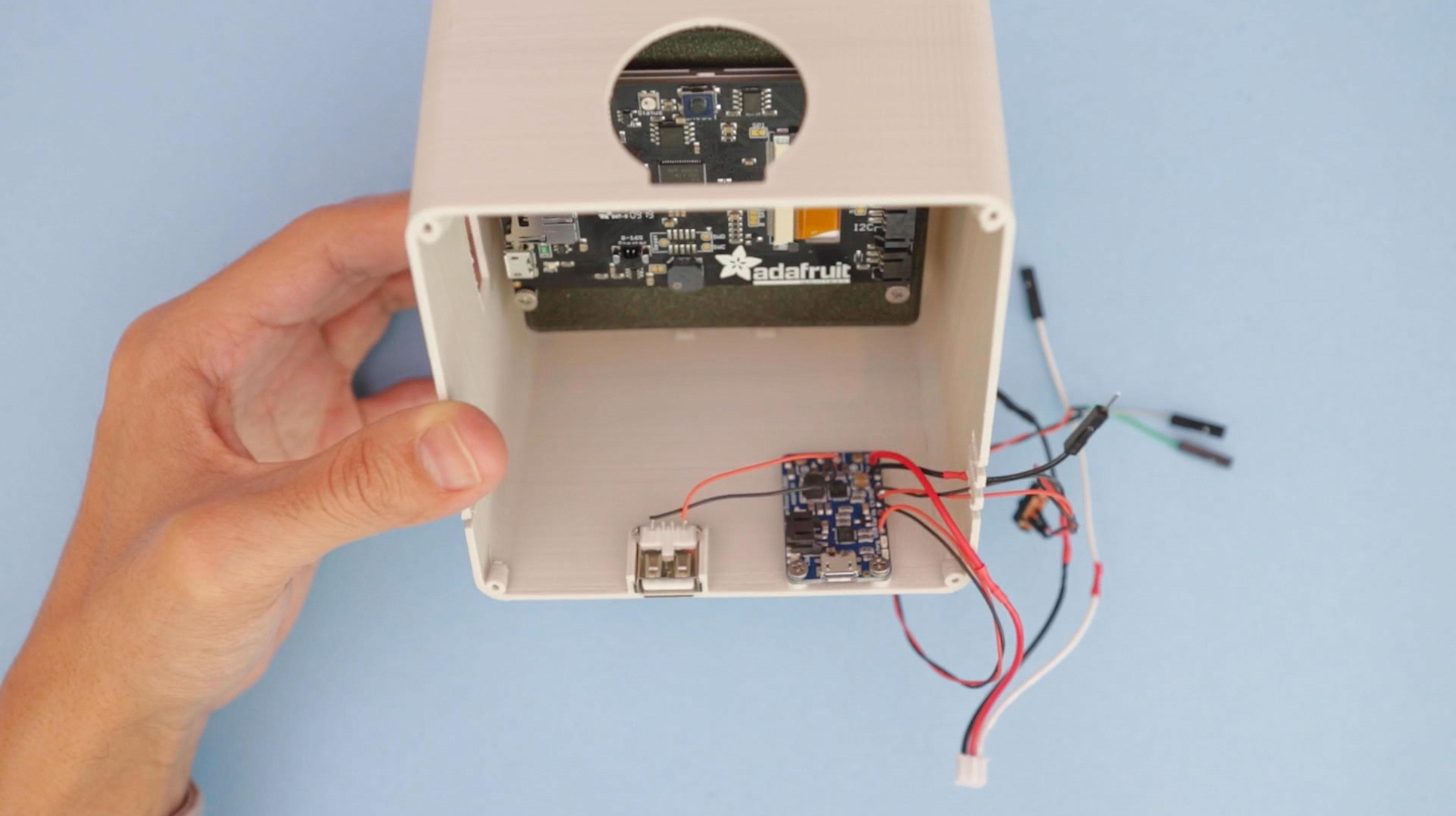 internet_of_things___iot_powerboost-usb-mounting.jpg