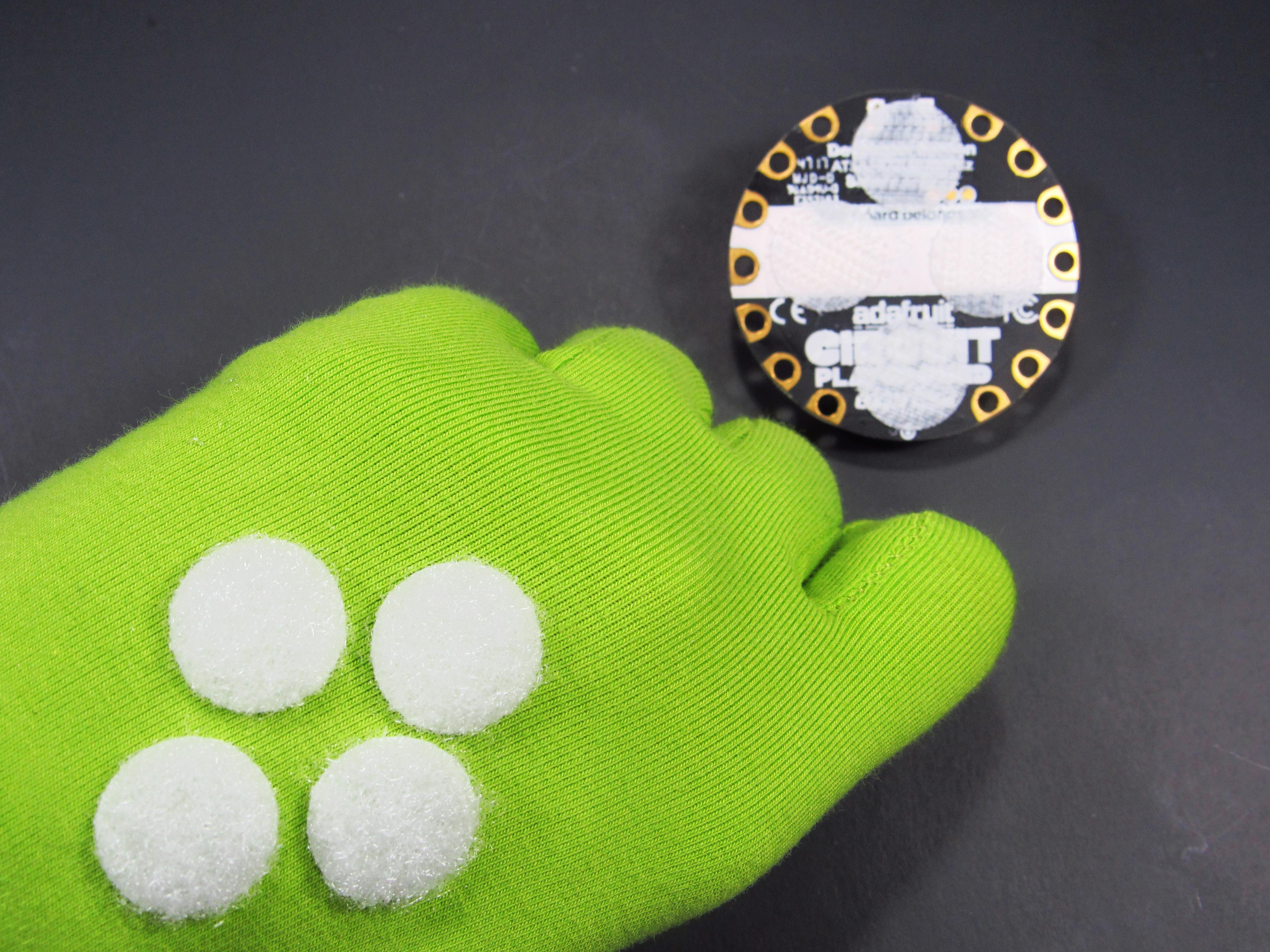 express_4-Glove_Velcro.jpg